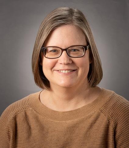 A headshot of Jennifer Minall