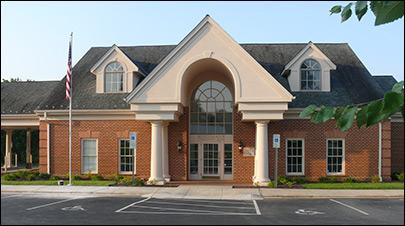 benchmark community bank clarksville va